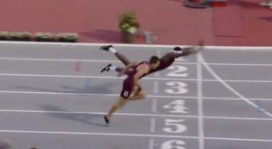 Απίστευτη… βουτιά νίκης σε αγώνα 400 μέτρων μετ' εμποδίων στις ΗΠΑ