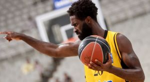 Basket League: Καλύτερος αμυντικός ο Σαντ-Ρος