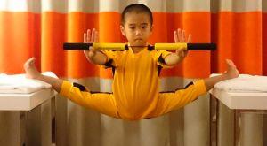 Τον αποκαλούν «Baby Bruce Lee» και κάνει «αγγέλους» στα μαχητικά