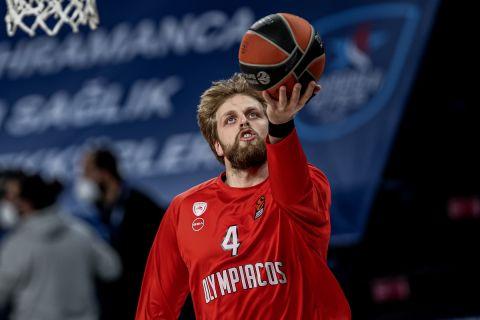 Ο Βασίλης Χαραλαμπόπουλος στη διάρκεια της σεζόν 2020-21