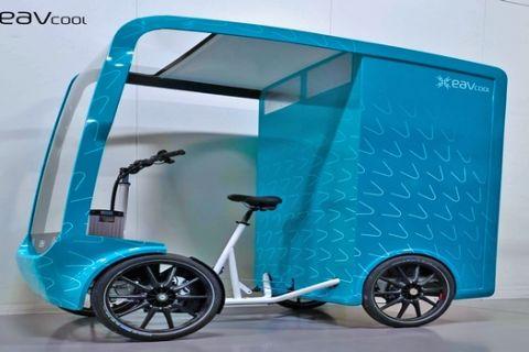 EAV: Το πρώτο κλιματιζόμενο, ηλεκτρικό για αστικές μεταφορές
