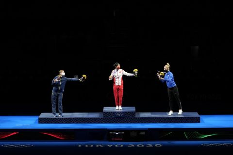 Η απονομή μεταλλίων στο ξίφος μονομαχίας γυναικών στους Ολυμπιακούς Αγώνες 2020, Τσίμπα | Σάββατο 24 Ιουλίου 2021