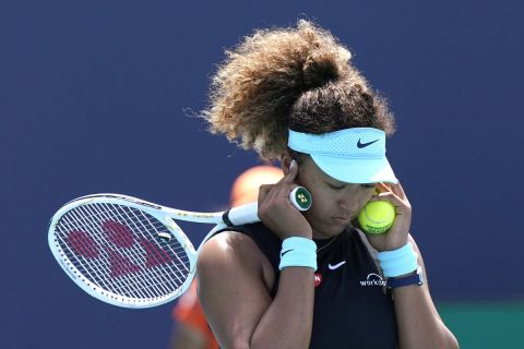 Η Ναόμι Οσάκα σε αναμέτρηση κόντρα στη Μαρία Σάκκαρη για τα προημιτελικά του Miami Open