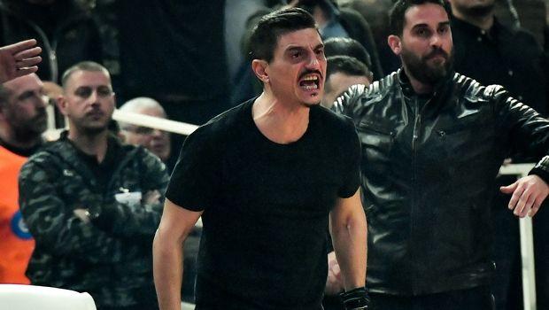 Ο Γιαννακόπουλος πανηγύρισε με τσιγάρο στο χέρι στο παρκέ