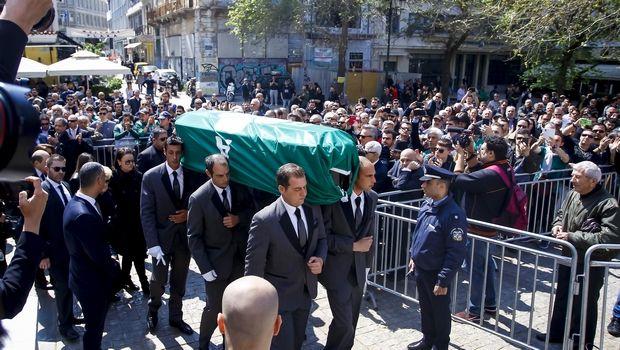 """Το τελευταίο """"αντίο"""": Ο Θανάσης Γιαννακόπουλος τους ένωσε όλους (photos +video)"""