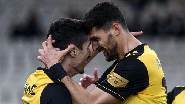 ΑΕΚ - Αστέρας Τρίπολης: Δύο γκολ σε τρία λεπτά με Μάνταλο και Αλμπάνη