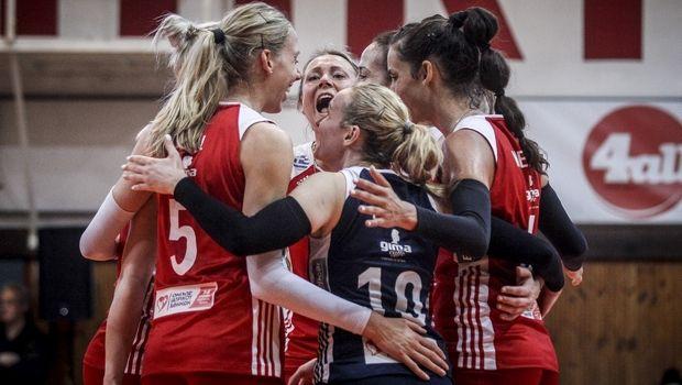 Ξανά 3-0 τον Άρη και μια νίκη από το τρεμπλ ο Ολυμπιακός