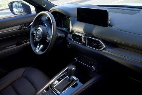 Αναβαθμισμένο και με προγράμματα οδήγησης το Mazda CX-5 2022