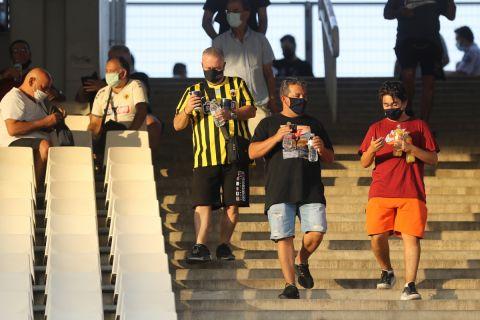 Οι φίλοι της ΑΕΚ επιστρέφουν στο ΟΑΚΑ μετά από καιρό για να δουν αγώνα της αγαπημένης τους ομάδας
