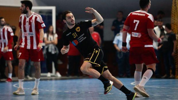 ΑΕΚ - Ολυμπιακός 25-22: Κιτρινόμαυρη ρεβάνς και 1-1 στους τελικούς