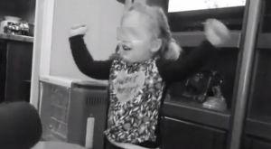 ΠΑΟΚ: Η μικρή φίλη που κλέβει τις εντυπώσεις στην καραντίνα