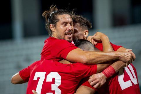 Οι παίκτες του Βόλου πανηγυρίζουν το γκολ επί του ΟΦΗ σε φιλική αναμέτρηση | 8 Αυγούστου 2021