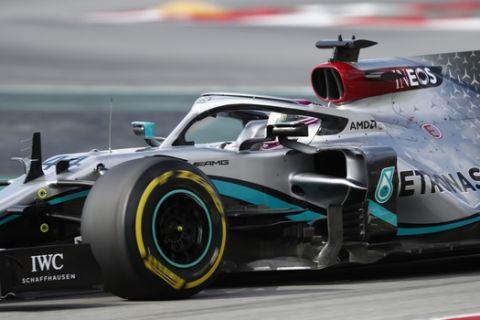 Formula 1: Επέστρεψε με δοκιμαστικά η Mercedes