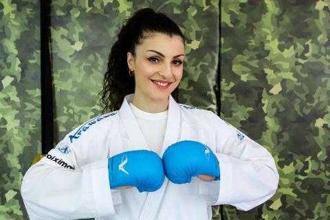 Η Βίκυ Πανετσίδου σε φωτογράφιση για την συνέντευξη της στο SPORT24 και την Μαρία Καούκη