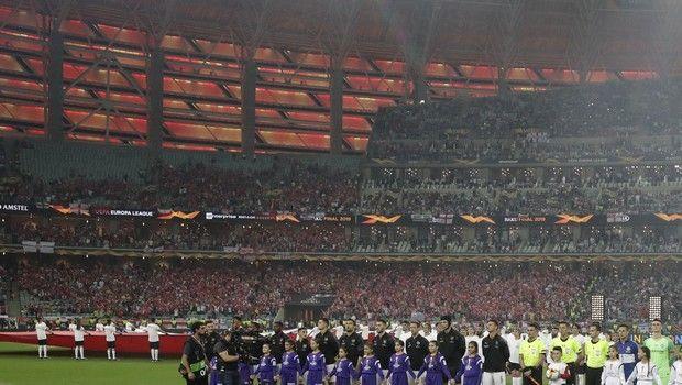 Europa League: Άφηναν κόσμο να μπει δωρεάν στον τελικό