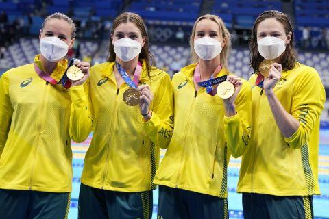 Η εθνική Αυστραλίας κατέκτησε το χρυσό μετάλλιο στα 4Χ100 ελεύθερο γυναικών στην κολύμβηση σημειώνοντας νέο παγκόσμιο ρεκόρ | 25 Ιουλίου 2021
