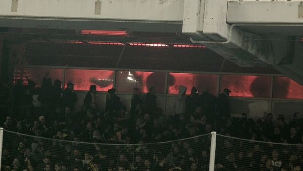Αναβολή για την ΑΕΚ, με κόσμο κόντρα στον Παναθηναϊκό