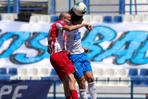 Στιγμιότυπο από την αναμέτρηση ανάμεσα στον Ιωνικό και τη Ξάνθη στη Νίκαια για το πρωτάθλημα της Super League 2.