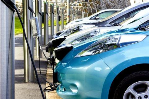 Ανταγωνιστικό το κόστος χρήσης των ηλεκτροκίνητων οχημάτων