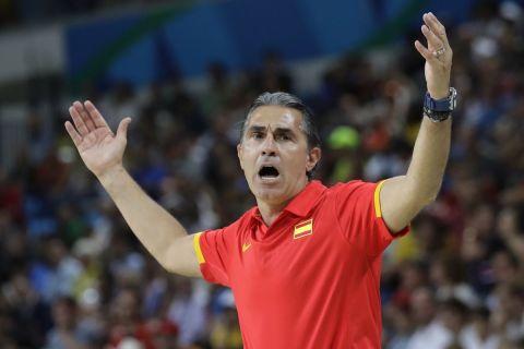 Ο Σέρτζιο Σκαριόλο στον πάγκο της εθνικής Ισπανίας