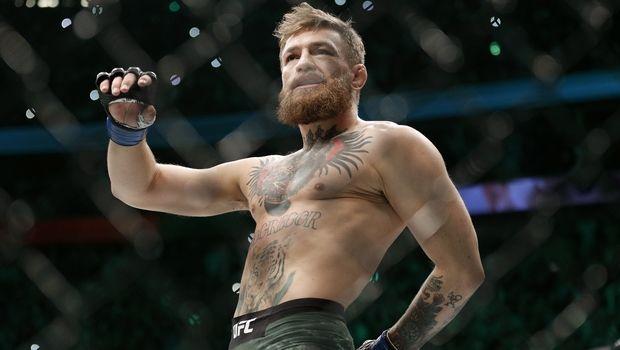 Conor McGregor: Σάλος με τη φωτογραφία που τον δείχνει με τσιγάρο μαριχουάνας στο χέρι