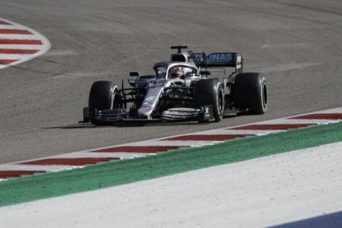 Mercedes driver Lewis Hamilton, of Britain, races during the Formula One U.S. Grand Prix auto race at the Circuit of the Americas, Sunday, Nov. 3, 2019, in Austin, Texas. (AP Photo/Chuck Burton)