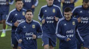 Ο Μέσι σε προπόνηση της Αργεντινής μετά από 9 μήνες!