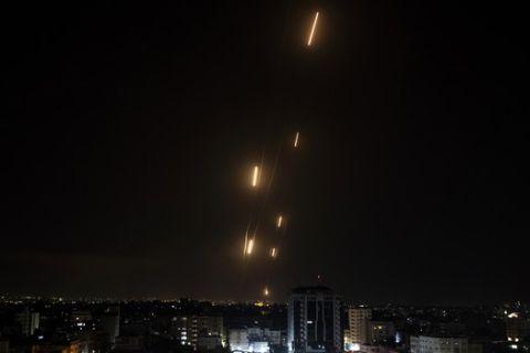 Η στιγμή των πυραυλικών επιθέσεων στο Ισραήλ