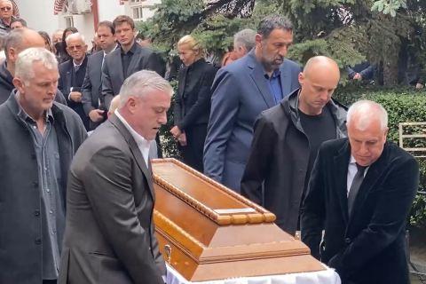 Ο Ομπράντοβιτς