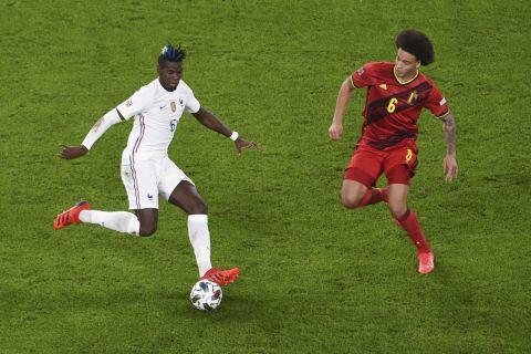 Ο Πογμπά με τη φανέλα της εθνικής Γαλλίας απέναντι στον Βιτσέλ του Βελγίου στον ημιτελικό του Nations League