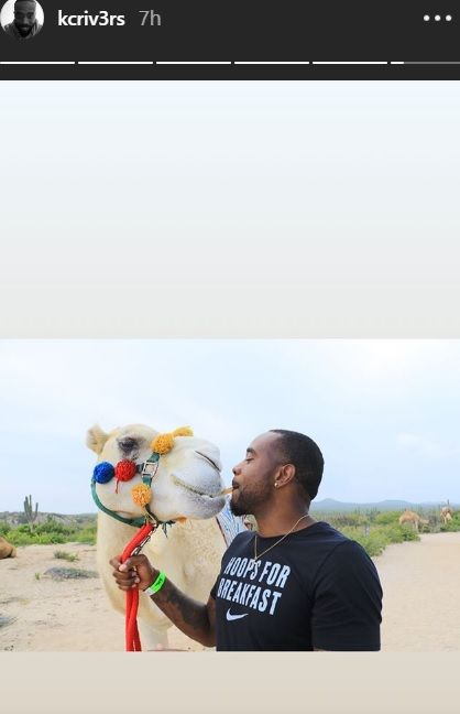 Στο Μεξικό για βόλτα με καμήλες ο Ρίβερς