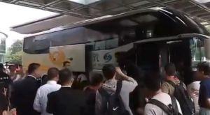 Εθνική Ανδρών: Έφτασε στη Ναντζίνγκ, τράβηξε τα βλέμματα ο Γιάννης Αντετοκούνμπο