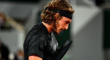 Τζόκοβιτς - Τσιτσιπάς 3-2: Ηρωική προσπάθεια, αλλά αποκλεισμός για τον Έλληνα πρωταθλητή