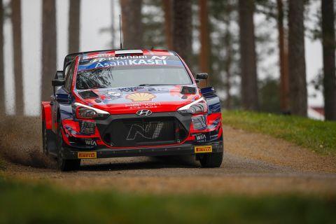 Ο Οττ Τάνακ ήταν ο ταχύτερος οδηγός του shakedown στο Ράλι Φινλανδίας