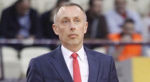 Ο Μίλαν Τόμιτς απομάκρυνε φίλαθλο που έβριζε τους διαιτητές