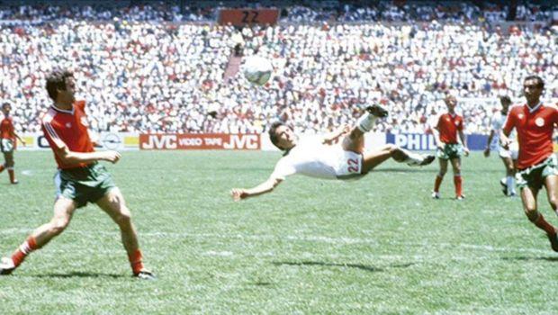 Το γκολ που ξεπέρασε το σόλο του Μαραντόνα στο Μουντιάλ του '86
