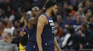 NBA Top 10: Έβαλε τον ΜακΓκι στο καλάθι ο Τάουνς