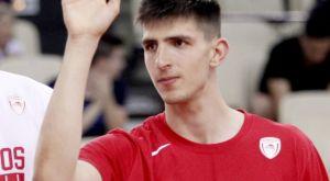 Ολυμπιακός: Η «ανάκριση» του έφηβου Τσουμάνη