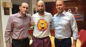 Επίσημο: Για ένα ακόμη χρόνο στον Ολυμπιακό ο Βασίλης Σπανούλης