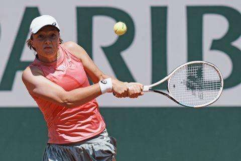 Η Ίγκα Σβιόντεκ από την αναμέτρηση με τη Σάκκαρη για το Roland Garros