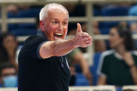 Ο Ομπράντοβιτς σε φιλικό στο ΟΑΚΑ
