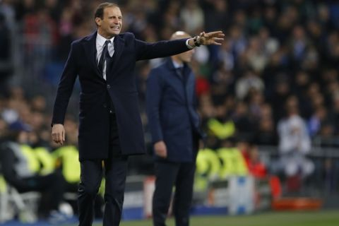 Juventus coach Massimiliano Allegri gestures during a Champions League quarter-final, 2nd leg soccer match between Real Madrid and Juventus at the Santiago Bernabeu stadium in Madrid, Spain, Wednesday, April 11, 2018. (AP Photo/Paul White)