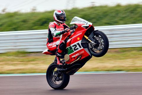 Το εργοστάσιο της Μπολόνια παρουσίασε την επετειακή Ducati Panigale V2 Bayliss 1st Championship 20th Anniversary