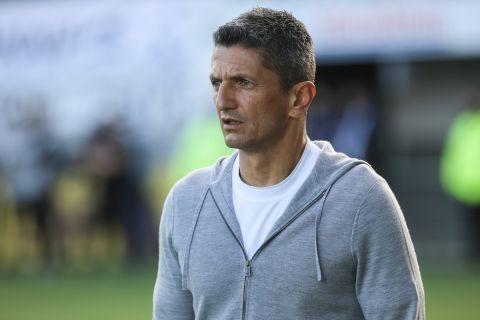 Ο προπονητής του ΠΑΟΚ, Ραζβάν Λουτσέσκου, στον αγώνα με τον ΟΦΗ