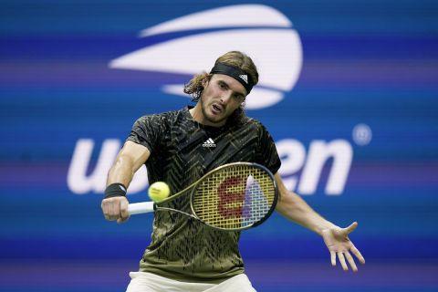 Αλκαράζ - Τσιτσιπάς 3-2: Ήττα του Στέφανου από το 18χρονο παιδί-θαύμα που προκρίθηκε στους 16 του US Open