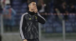Απαγόρευση εισόδου στα γήπεδα στον εισβολέα που αγκάλιασε τον Κριστιάνο Ρονάλντο