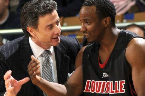Σεξουαλικό σκάνδαλο συγκλονίζει το Louisville
