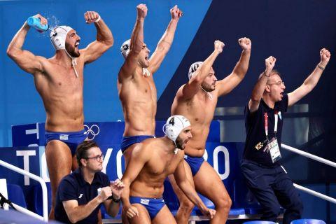 Οι πανηγυρισμοί των Ελλήνων διεθνών για τη μεγαλειώδη πρόκριση στον τελικό του Ολυμπιακού τουρνουά