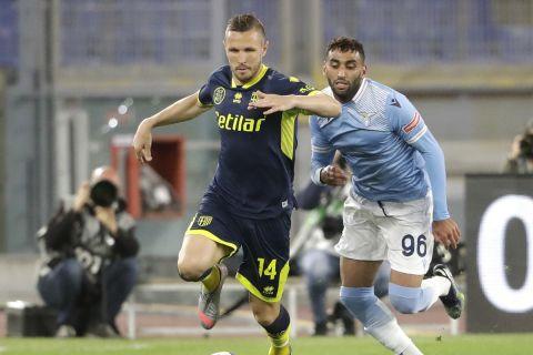 Ο Γιασμίν Κούρτιτς σε παιχνίδι της Πάρμα με αντίπαλο τη Λάτσιο για στη Serie A | 12 Μαίου 2021