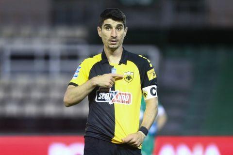 Ο Μάνταλος πανηγυρίζει το γκολ που πέτυχε επί του Παναθηναϊκού /9-5-2021